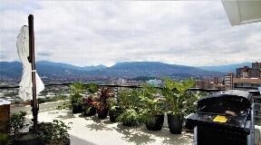 Arte Moderno Apartamento en Venta en Medellin Poblado AL