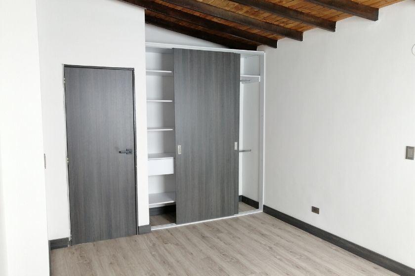Apartamento Duplex Nuevo en Venta en Laureles
