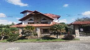 Gualanday Casa en Venta en Rionegro