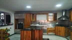 Espaciosa casa en venta en Belen Rosales