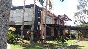 Casa de 2 niveles en Venta en Parcelación Las Palmas - Medellin
