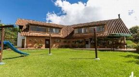 Casa Campestre Antes del Peaje vía las Palmas en Venta - Envigado