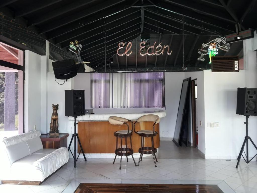 Imponente Finca en Venta Copacabana Antioquia con discoteca