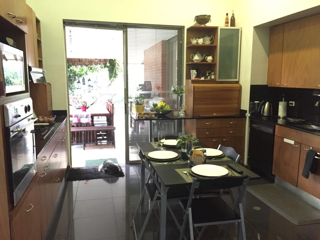 Hermosa Casa Vanguardista en Venta en Medellin Altos del Poblado