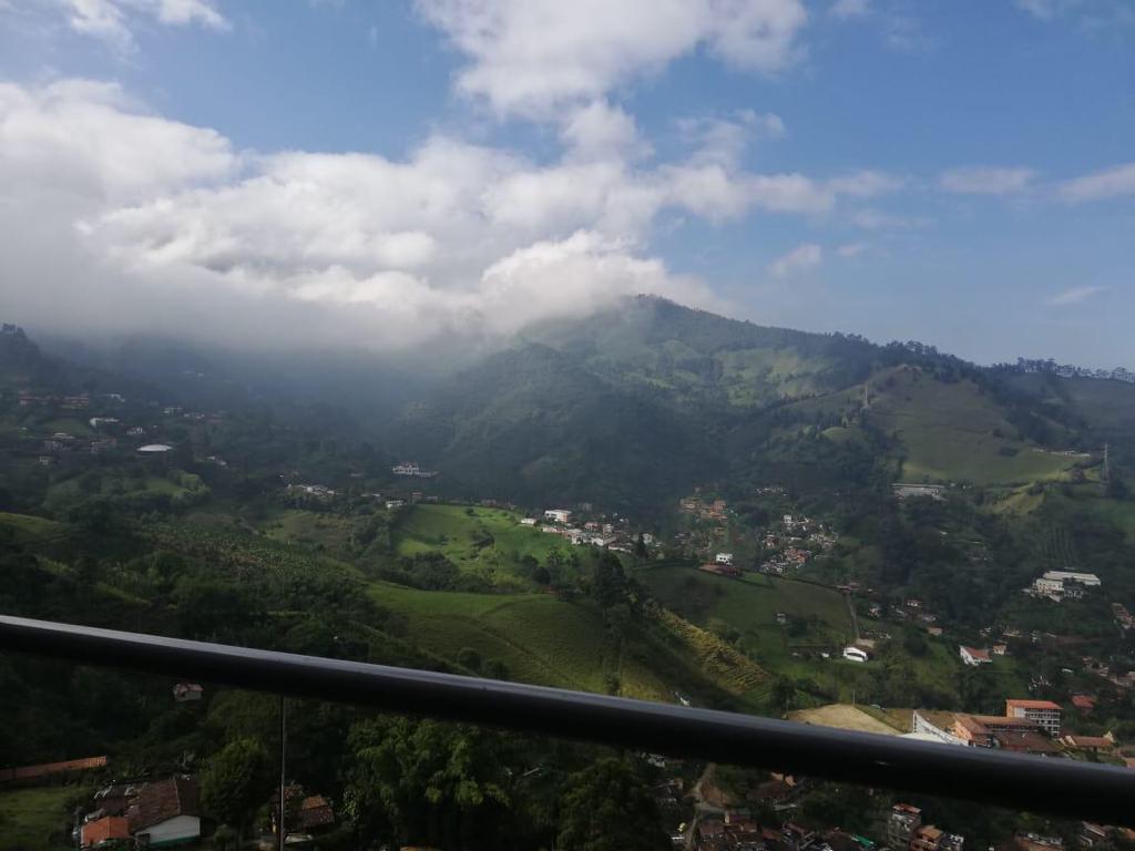 Top floor Apartamento con Hermosa Vista en Venta en Sabaneta