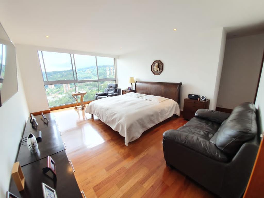 Apartamento en Venta el Poblado con increible Vista