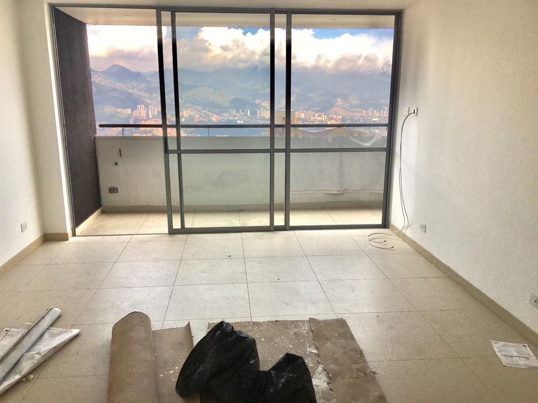Estelar Apartamento en Venta en el Poblado con increíble vista