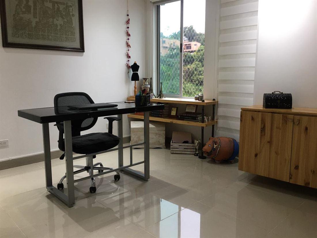 Gran apartamento en venta Sabaneta Loma linda