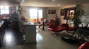 Espectacular vista y apartamento en venta Medellin Barrio Laureles