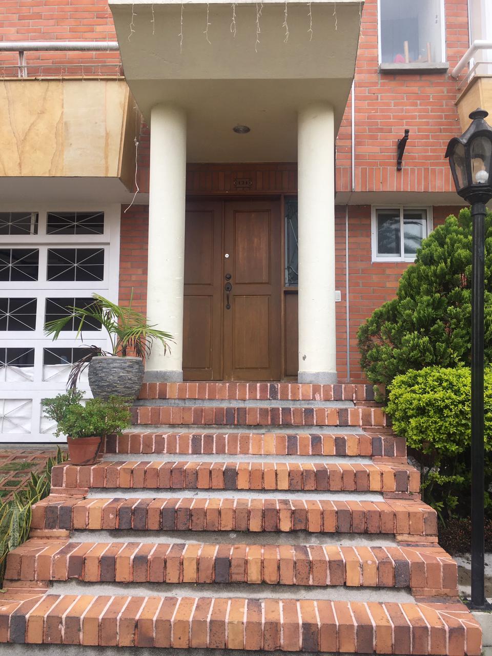 Casa en venta Unidad cerrada cerca del Tesoro