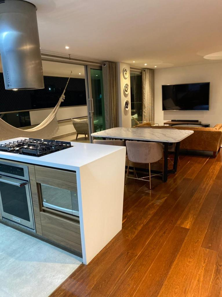 Panoramico apartamento en venta en Poblado