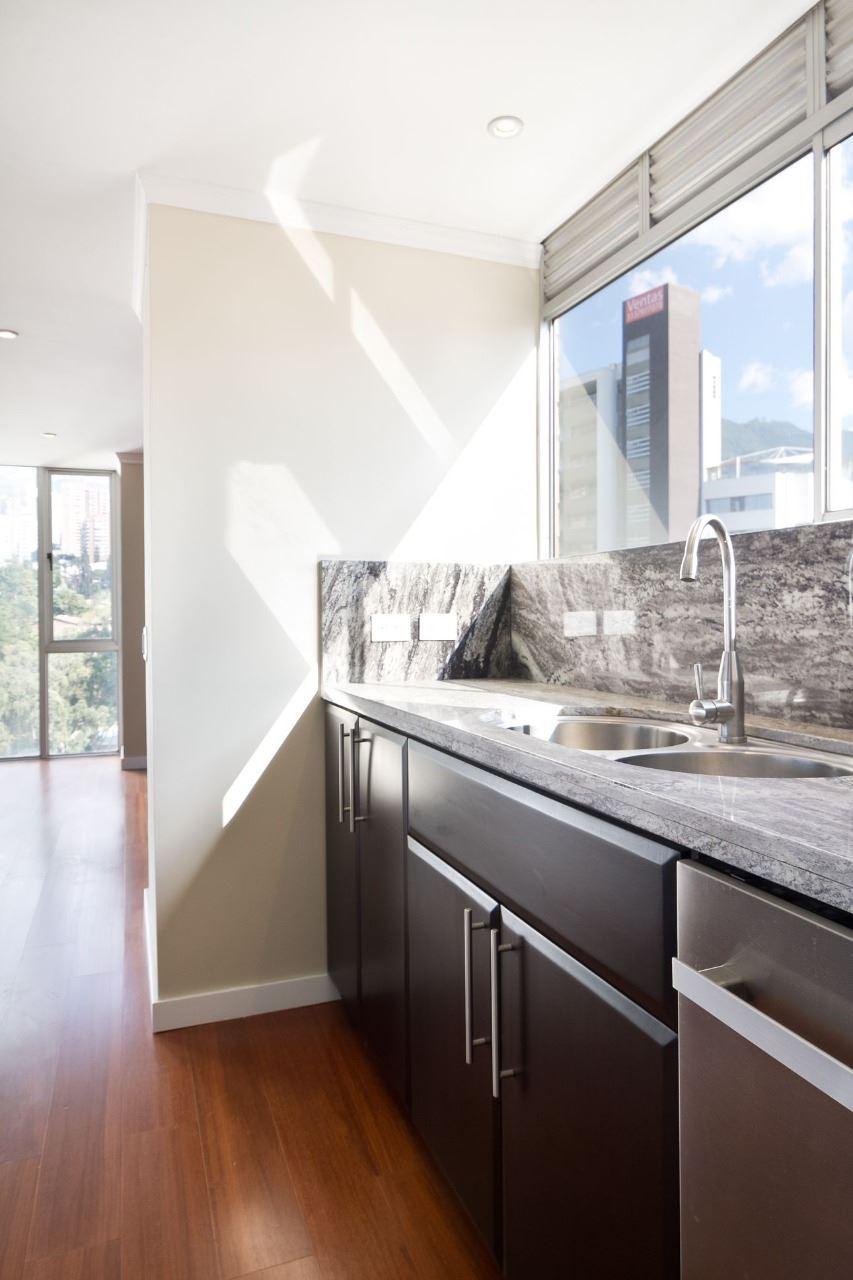 Sensacional Penthouse Duplex en Venta en el Poblado con 3 niveles