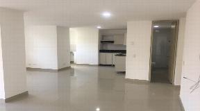 Gran  apartamento en venta Laureles zona rosa de Medellin