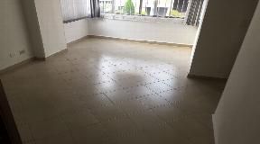 Apartamento de gran tamaño en venta Simon Bolivar Unidad cerrada