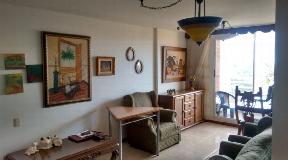 Apartamento en venta excelente ubicación Loma los Bernal