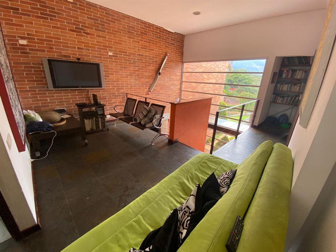 Casa en venta Envigado Loma el atravezado Sur de Medellín