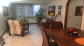 Gran apartamento en venta Calazans parte baja