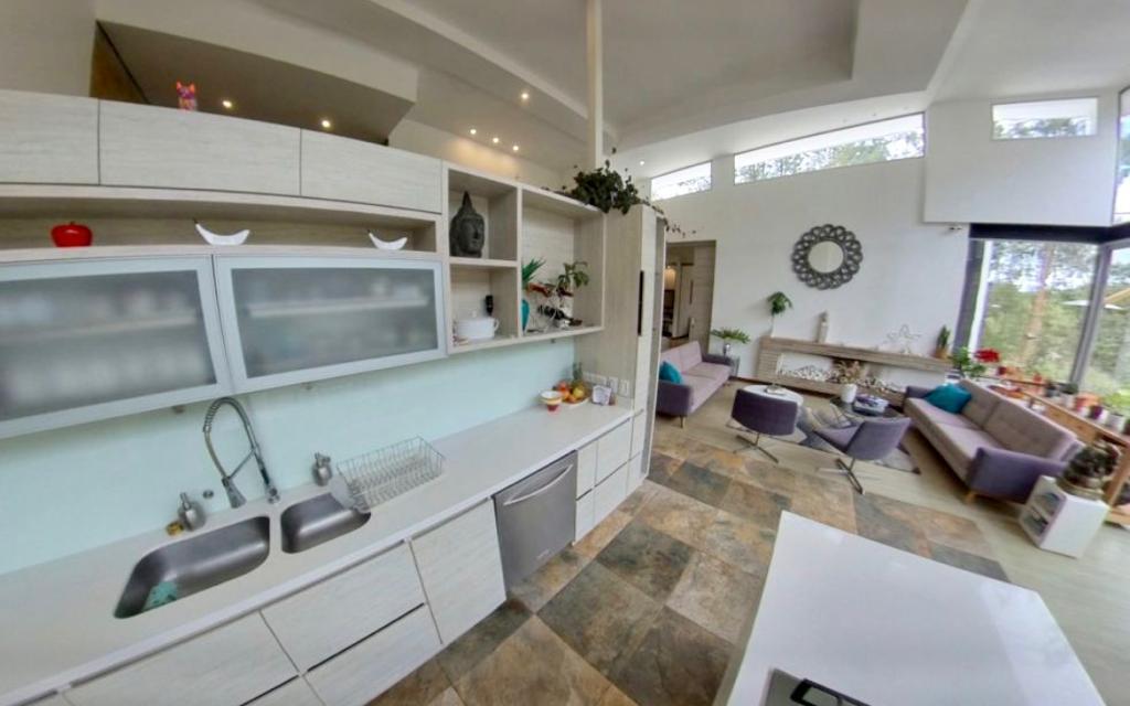 Lujosa Casa campestre en el Alto de las Palmas – Medellin en venta