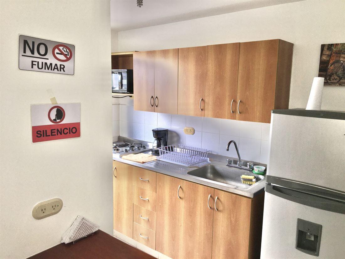 Excelente apartamento en arriendo en Medellin Poblado VM