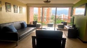 Fronterizo apartamento en arriendo en Medellin Poblado NK