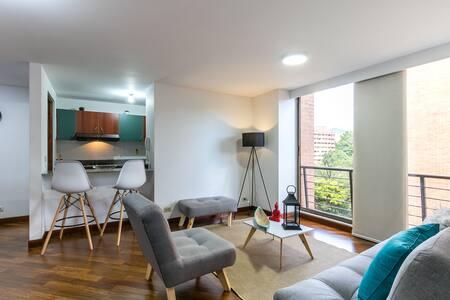 Acogedor Apartamento en renta en Medellin Poblado LD